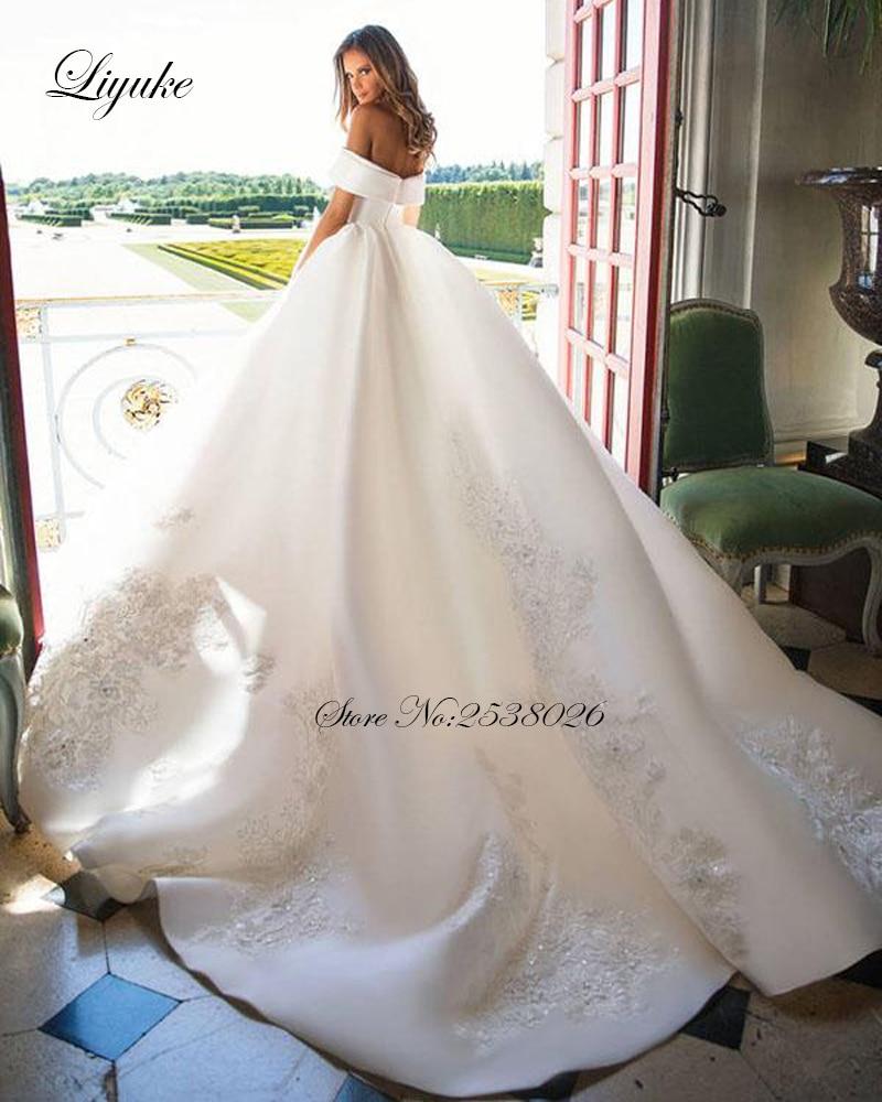 Liyuke Scollo a Barca di Lusso Ball-Abito Abito da Sposa Tessuti in Raso Elegante Abito da Sposa Della Principessa