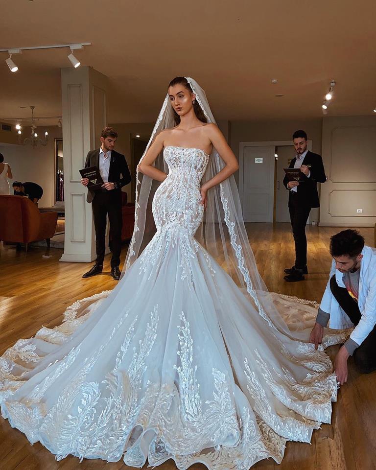 2019 Nuovo Sexy Sirena Senza Spalline Vestito da Cerimonia Nuziale Backless Illusion Corsetto Lace Up Abito da Sposa con Cappella Treno Vestido De Noiva