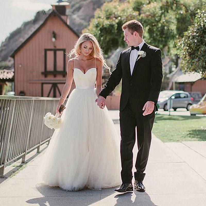 Eightree Una Linea di Spiaggia Abito Da Sposa 2019 Sweetheart Abito Da Sposa Bianco Cinghie di Spaghetti Classico Semplice Abiti Da Sposa Gelinlik