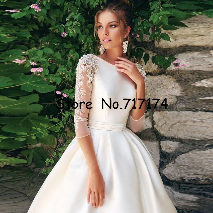 O-Collo 3/4 Maniche Che Borda Raso di Applique a-Line Abito da Sposa con Piega Cintura Sweep Treno Lace-Up da Sposa di Alta Qualità vestito