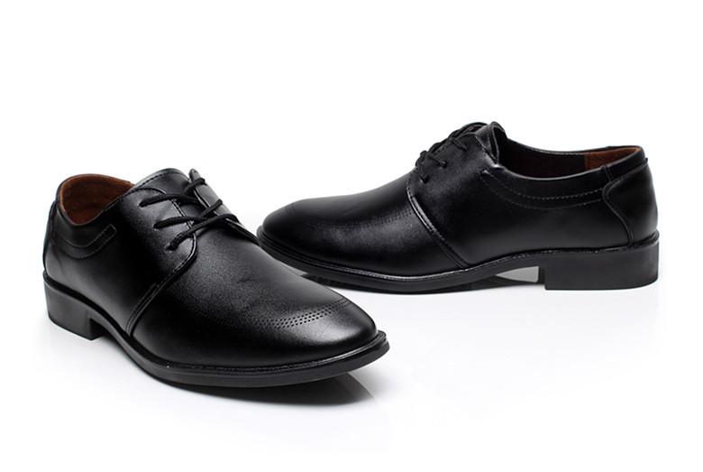 Mazefeng Nuovo di Marca degli uomini di Scarpe di Cuoio Formale Lace Up Pattini di Vestito Oxfords Moda Retrò Scarpe Eleganti Scarpe Da Lavoro Scarpe A Punta punta